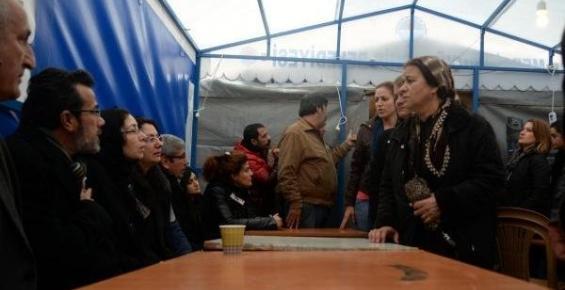 Özgecan'ın Taziye Çadırı Beşinci Günde de Dolup Taşıyor