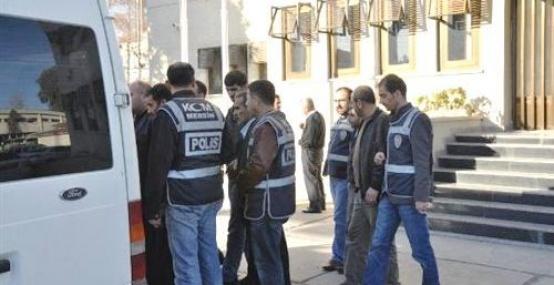 Polisten Uyuşturucu Kaçakçılarına Darbe