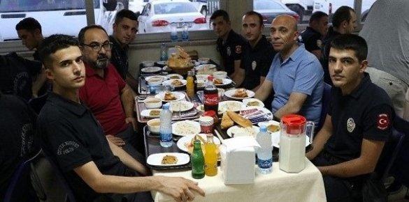 """Şahne: """"Mersin Polisi, Kentin Huzur Ve Güvenliğini Sağlıyor"""""""