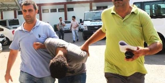 Sahte Savcıyı Çöpçü Kılığına Giren Polis Yakaladı