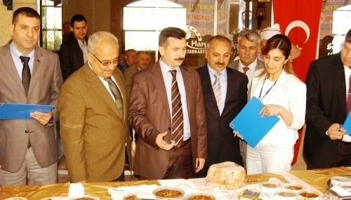 Şalgam, Baklava, Cezerye ve Humus Yarışması Yapıldı