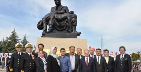 Şehit Eren Kızılgedik Anısına Yaptırılan Heykel Açıldı