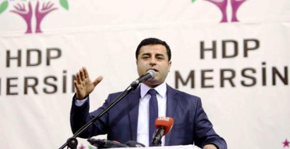 Selahattin Demirtaş Partisinin Mersin İl Kongresine Katıldı