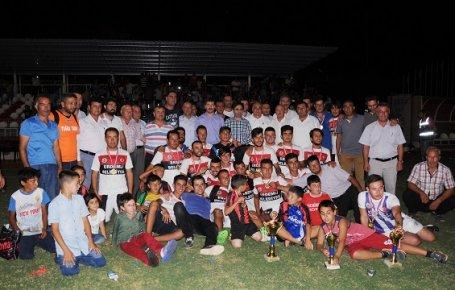 Seyirci Rekorlu 15 Temmuz Futbol Turnuvası