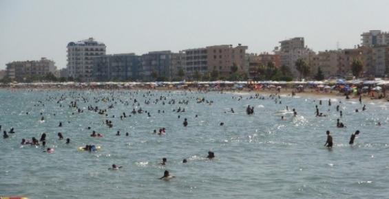 Sıcaklık Arttı, Akdeniz Sahilleri Doldu
