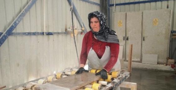 Silifke Osb'de İş Gücünde Ön Sırayı Kadınlar Alıyor