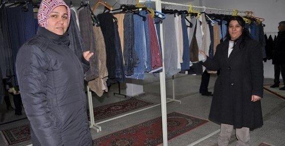 Silifke'de Sosyal Market Açıldı