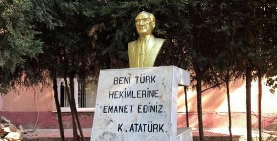 Sopalı Saldırıda Kırılan Atatürk Büstü Yenilendi