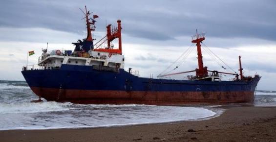 Suriye Bandıralı Gemi, Anamur'da Karaya Oturdu