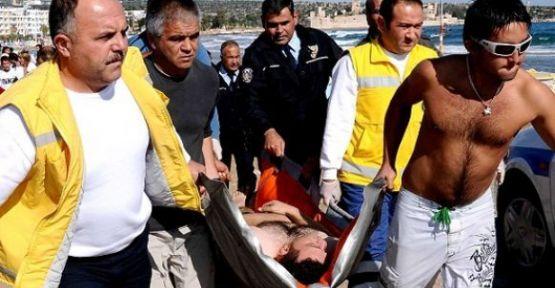 Suriye'den Geldi. Kızkalesinde Boğulma Tehlikesi Atlattı.