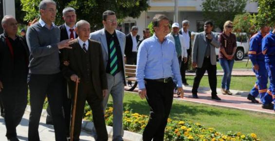 Tarhan, Mezitli'nin İlk Belediye Başkanını Unutmadı