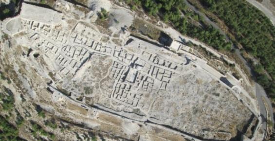 Tarihi Silifke Kalesi Gün Yüzüne Çıkıyor