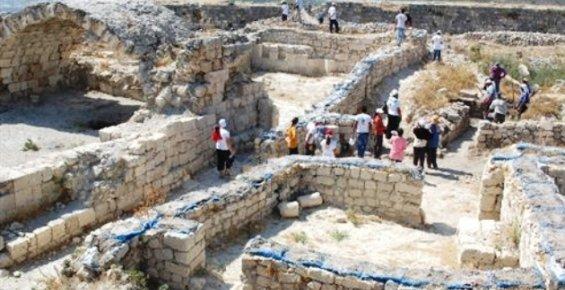 Tarihi Silifke Kalesi'nde Kazı Çalışmaları Başladı