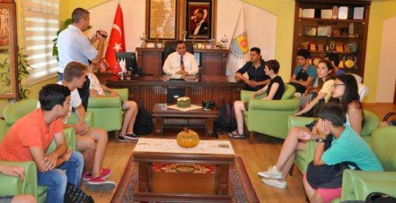 Tarsus Belediyesine Kardeş Şehirden Ziyaret