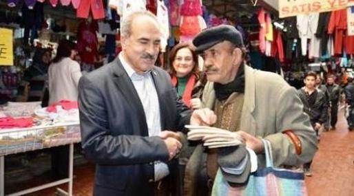 Tarsus CHP İlçe Teşkilatı Esnafla Kucaklaştı