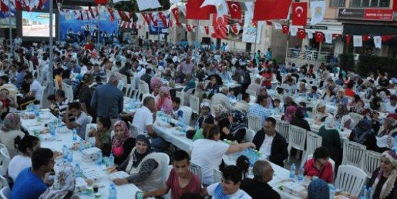 Tarsus'ta 5 Bin Kişiye İftar