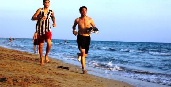 Taşucu'nda Ödüllü Kum Maratonu Koşusu
