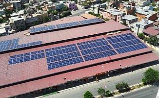 Tarsus'ta Güneş Enerjisi Pazar Yeri Çatılarından Üretilecek