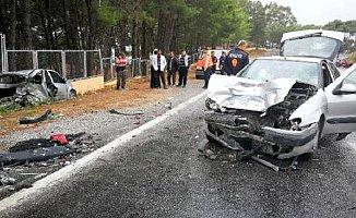 Yağış Anamur'da Kazaya Neden Oldu. 2 Yaralı Var
