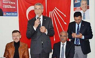 CHP Mezitli İlçe Kongresi Kıran Kırana. Neşet Tarhan İşe El Attı.