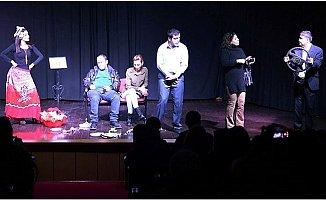 Engelli Belediye Personelleri Kendi Hayatlarını Sahneledi