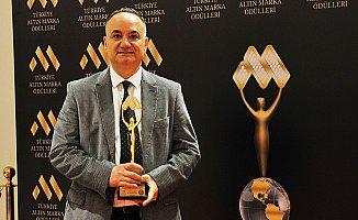 Yılın Tıp Adamı Ödülü Tarsus'a Geldi.
