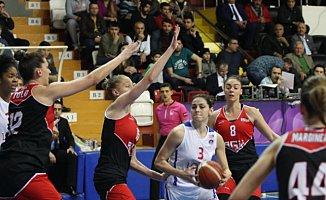 Mersin Büyükşehir Belediyespor - AGÜ Spor: 74-68