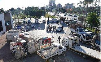Mersin'de 35 Atık Kağıt Toplama Aracı, Trafikten Men Edildi.