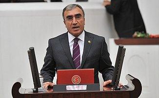 """MHP'li Öztürk: """"Açıköğretim'in Suçu Ne?"""""""