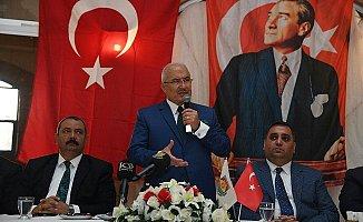 Tarsus'da Muhtarlar Başkanlara Dert Anlattı