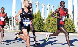 Uluslararası Mersin Maratonu'ndan Büyük Başarı