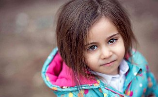 Mersin'de 3,5 Yaşındaki Kızı Balkondan Atan Kadına  Ömür Boyu Hapis