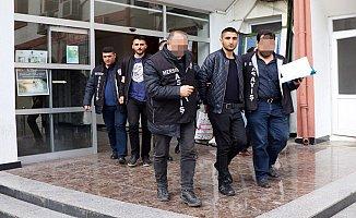 Mersin'in Sahte Polisleri Yakayı Ele Verdi.