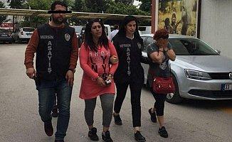 Mersin'de Araba İçinde Fuhuş Yaparken Yakalandılar