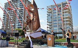 Mersin'de Zeytin Dalı Harekatı Anısına Heykel