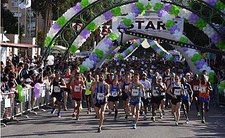 Tarsus Yarı Maratonu'na Kenyalı Atletler Damga Vurdu
