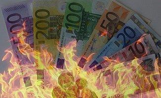 Euro Büyük Vuruşunu Yaptı!