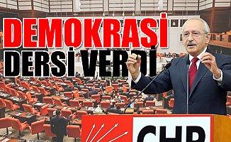 Kılıçdaroğlu, Konuşurken AKP'li Vekiller Kürsüye Yürüdü