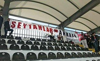 Mersin İdman Yurdu, Etimesgut Bld'ye 7-1 Yenildi.