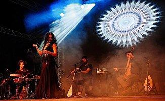 Niyaz Featuring Azam Ali Mersin'de Konser Verecek