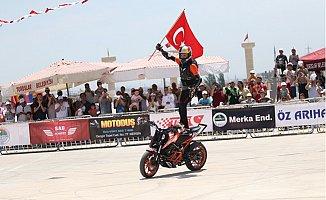 Mersin'de Akrobasi Motosikletçileri Nefes Kesti