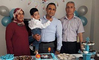 Evde Eğitim Gören Toprak'a doğum Günü Sürprizi