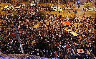 AK Parti Mersin'de Seçim Coşkusu