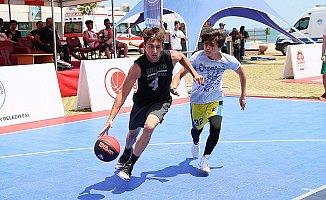 Mersin'de 'Sokak Basketbolu' Heyecanı