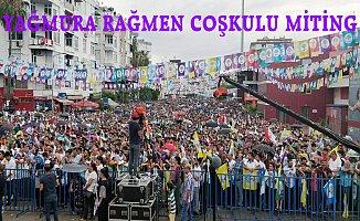 Mersin'de Yağmura Rağmen HDP Mitingi...