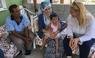 Saliha Adıcan, Akdeniz İlçesinde İnsana Dokunmaya Devam Ediyor