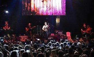 12.Muz Festivali Ayna Grubunun Konseri ile Son Buldu.