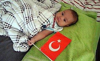 2 Yaşındaki Hasan'a Umut Arayışı