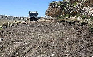 Erdemli'de Yörükler'in Yol Problemi Çözülüyor