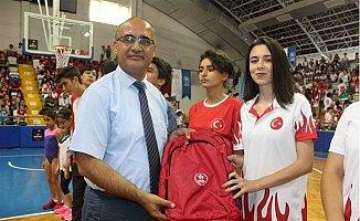 Mersin'de İl Spor Merkezleri Törenle Açıldı
